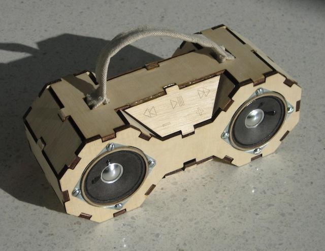 matt keeter fab boombox sperrholz boombox im eigenbau foerderland. Black Bedroom Furniture Sets. Home Design Ideas