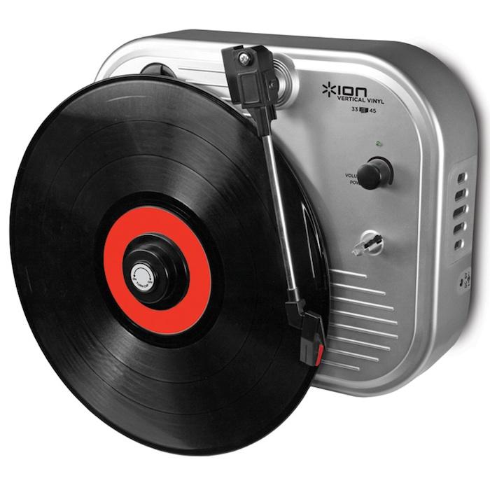 ion audio vertikaler plattenspieler vinyl an die wand foerderland. Black Bedroom Furniture Sets. Home Design Ideas
