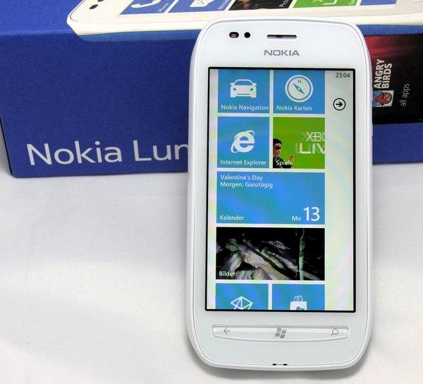 Nokia Lumia 710 im Test (1/2): Wackelkandidat mit ...