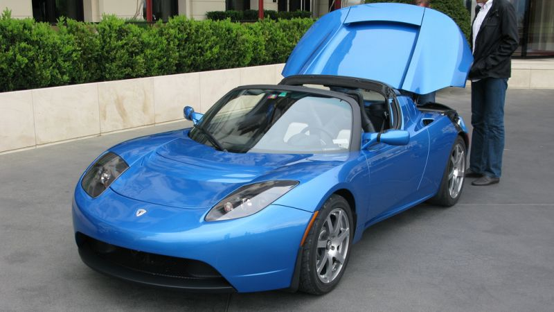 test tesla roadster leistung ohne ende f rderland. Black Bedroom Furniture Sets. Home Design Ideas