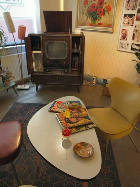 rundfunkmuseum f rth 2 2 alte t ne und bilder und ihre entstehung f rderland. Black Bedroom Furniture Sets. Home Design Ideas