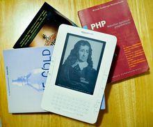 Amazon Kindle: Paperbacks sind bisweilen billiger. (PS)