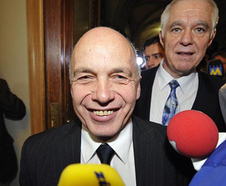 Neugewählter Schweizer Bundesrat Ueli Maurer (Keystone/Lukas Lehmann)
