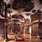 Barocksaal Stiftsbibliothek St. Gallen / Schweiz (Bild: wikipedia.de)