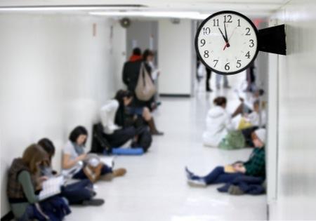 Warten auf die Sprechstunde, den Arzttermin, das Ende des Staus - da lässt sich doch was machen.